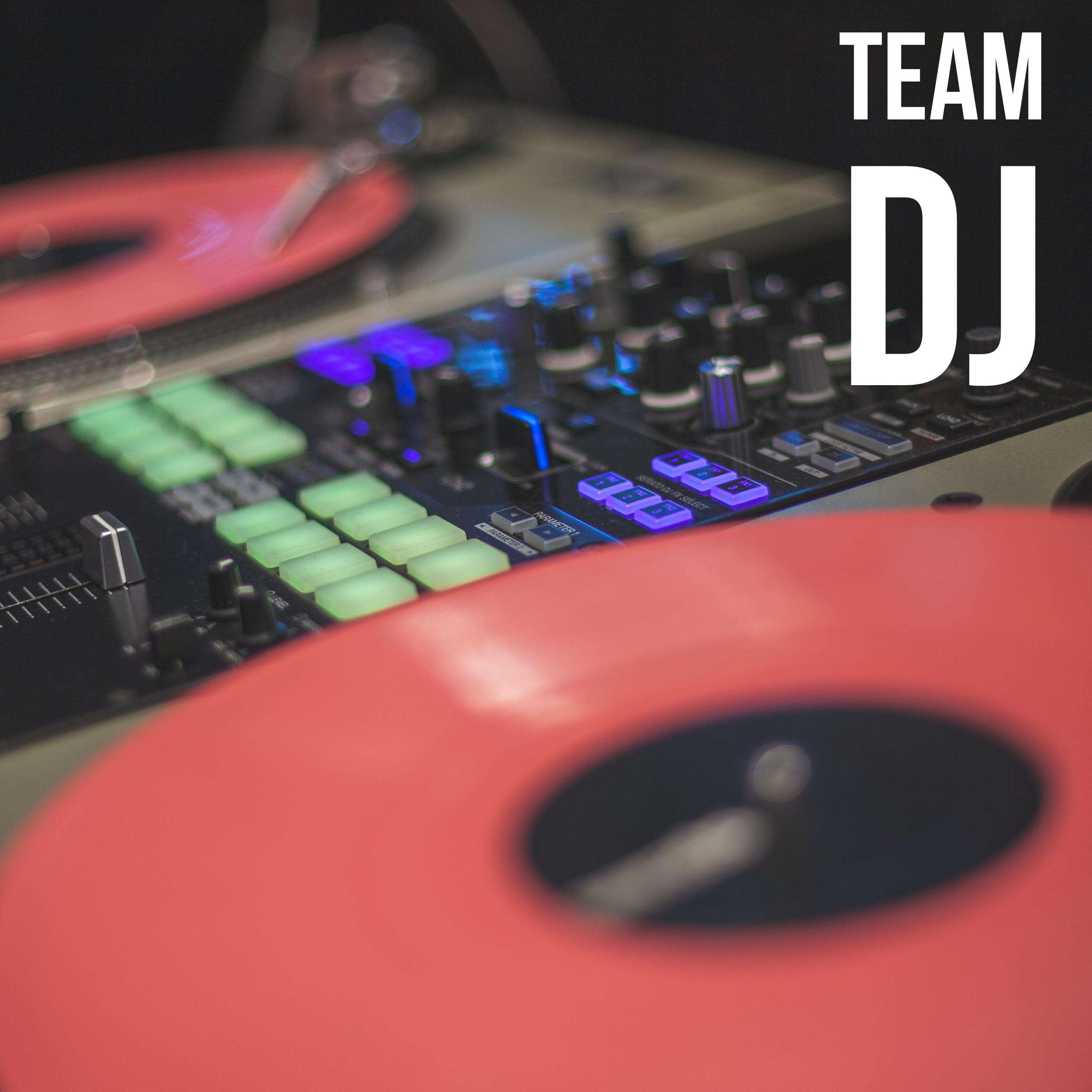 TEAM DJ CMBNOIZE EN ACTION